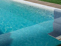 Découvrez la structure unique de nos piscines céramiques