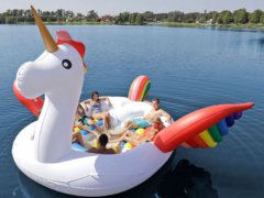 Dé must have voor een crazy pool party