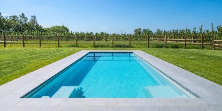 De vier grootste voordelen van monoblock zwembaden for Monoblock zwembad