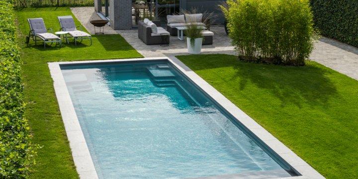 Een zwembad laten plaatsen? 8 tips om de juiste partner te kiezen!